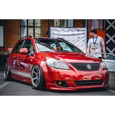 Диски Klutch SLC2 на Suzuki SX4 нашего клиента!  Параметры - 18x9.5 ET25 Очень насыщенный цвет - DDT Black/ Chrome Lip! ____________ 🏎 : @illandrew 📸 : @nickopollo 📸 : @_your.nemesis