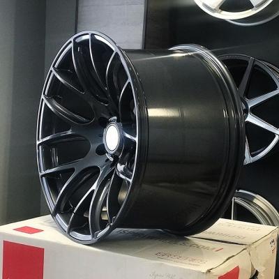 ESR SR12 В наличии!  Новые, в коробках. Ultra-concave😍  Разноширокие комплекты:  18x9.5 ET22 + 18x10.5 ET22  19x9.5 ET22 + 19x10.5 ET22  Сверловка - 5х114,3 Цвет - Gun Metal Цена - 55.000 за 18'' и 65.000 за 19'' Заказ можно оформить у нас на сайте, либо написать в Директ.  #radicalrims #wheels #stance #fitment #concave #concavewheels #deepconcave #диски #шиныдиски