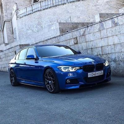 BMW F30 на дисках Japan Racing JR18, приобретённых у нас!  Параметры на авто: Задняя ось - 19x9.5 ET35 Передняя ось - 19x8.5 ET35  Мы являемся официальным представителем JR-Wheels в России, на нашем сайте можно заказать любую модель и получить ее в течение 3 недель. Гарантия лучшей цены!  #japanracing #jrwheels #jr18 #bmw #wheels #stance #fitment #bmwwheels #mercedeswheels #japanracingwheels #диски #дискидлябмв #дискибмв #f30family #f30club #шиныдиски